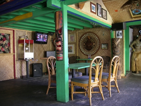 arnolds bar waikiki hawaii