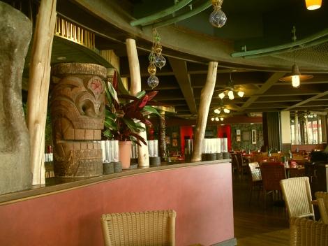 tiki grill and bar Oahu Hawaii